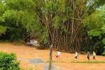 农村学生上学道路