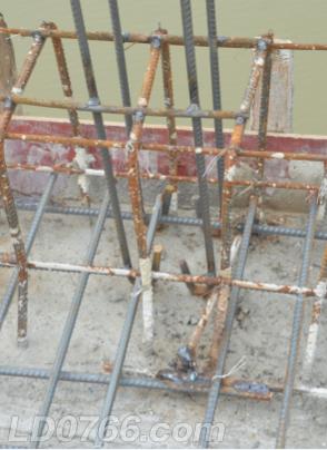 细节决定成败,工人们工作还是很认真的,需要焊接的地方全部都焊接好了。。。