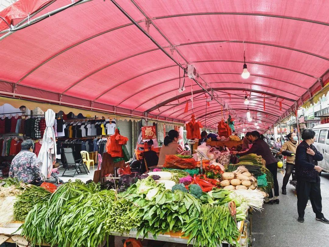 罗定茶亭市场,这个承载着罗定几代人回忆的老市场,终于迎来升级大改造了